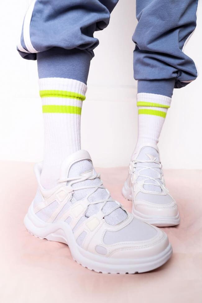 Αθλητικά Sneakers σε Συνδυασμό Υλικών & Glitter