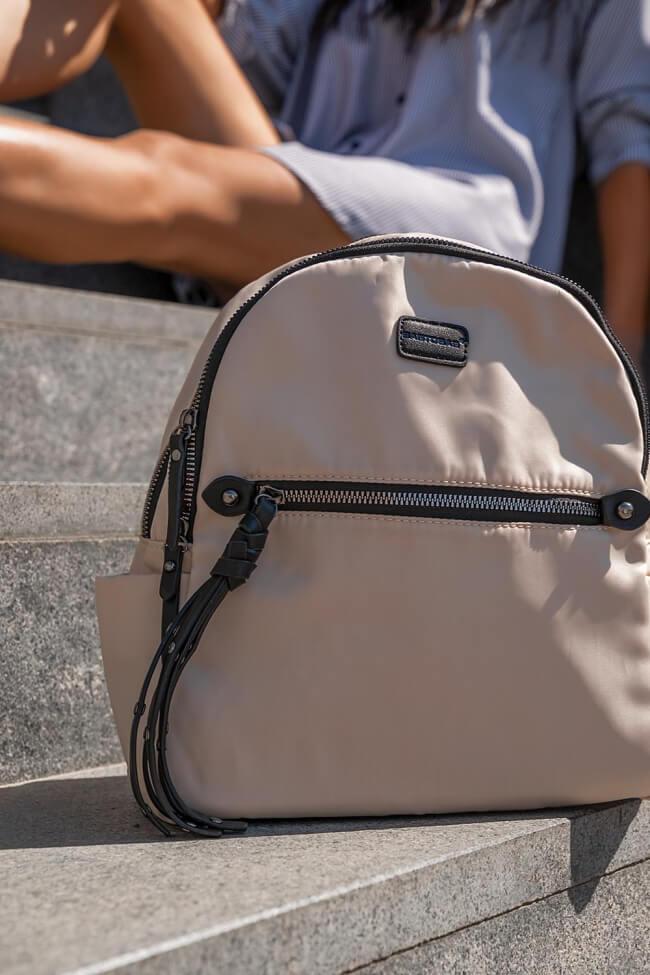Backpack με Φερμουάρ και Πλαινά Τσεπάκια
