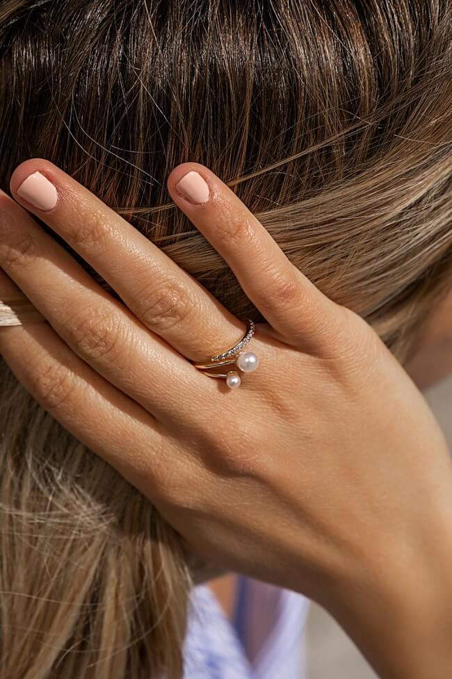 Δαχτυλίδι με Δύο Πέρλες