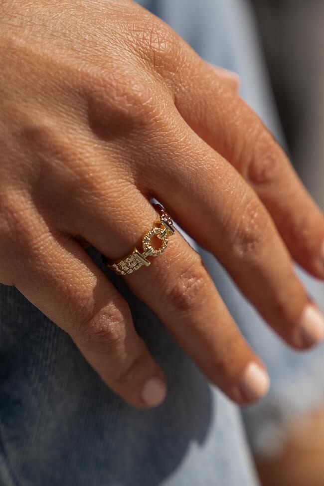 Δαχτυλίδι με Κύκλο