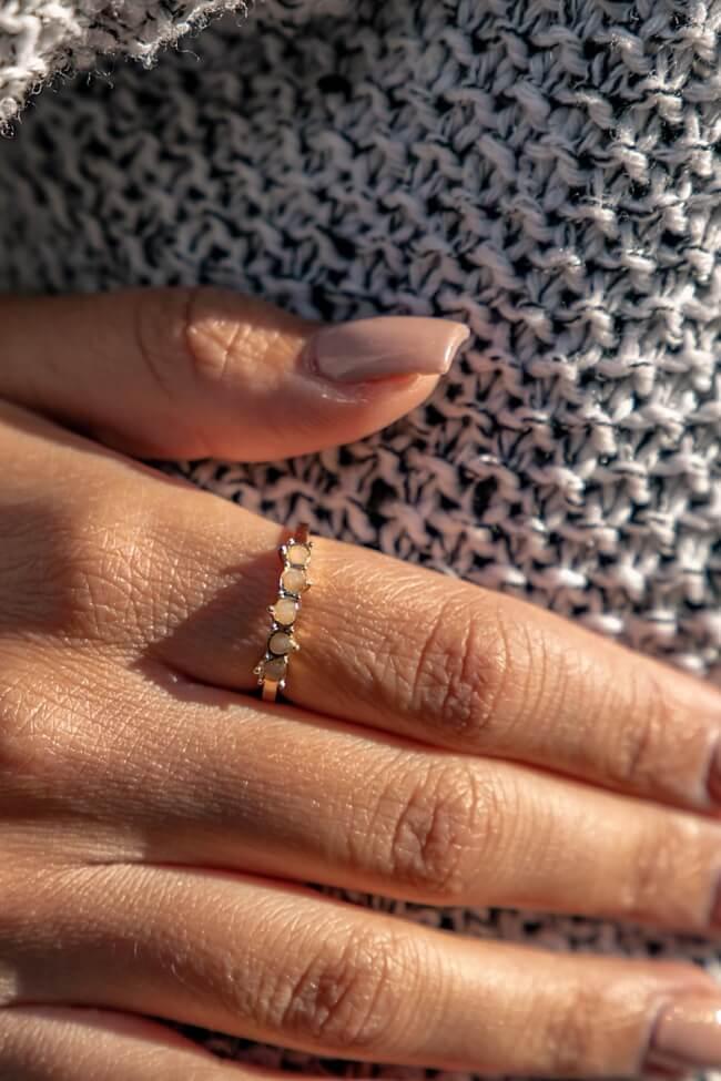 Δαχτυλίδι με Πέτρες