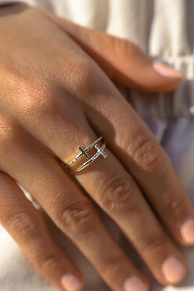 Δαχτυλίδι με Σταυρό