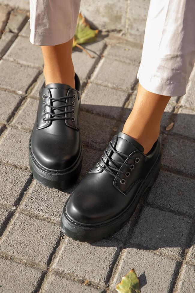 Δετά Παπούτσια Δίσολα - Μαύρο-Ματ