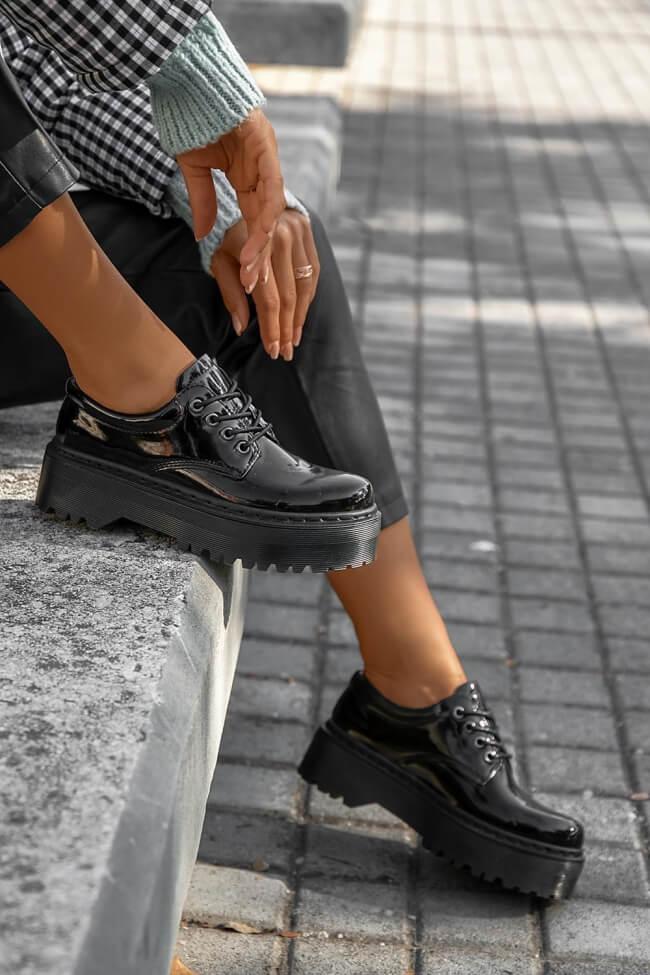 Δετά Παπούτσια Δίσολα - Μαύρο-Λουστρίνι