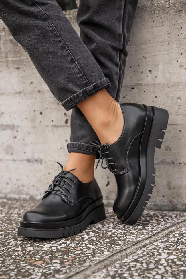 Δετά Παπούτσια Δίσολα