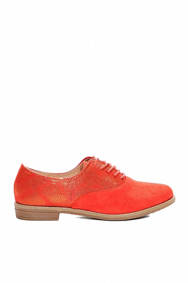 Δετά Παπούτσια Καστώρ