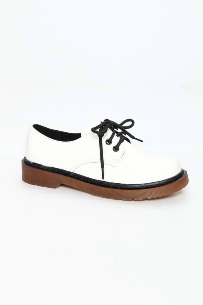 Δετά Παπούτσια Λουστρίνι