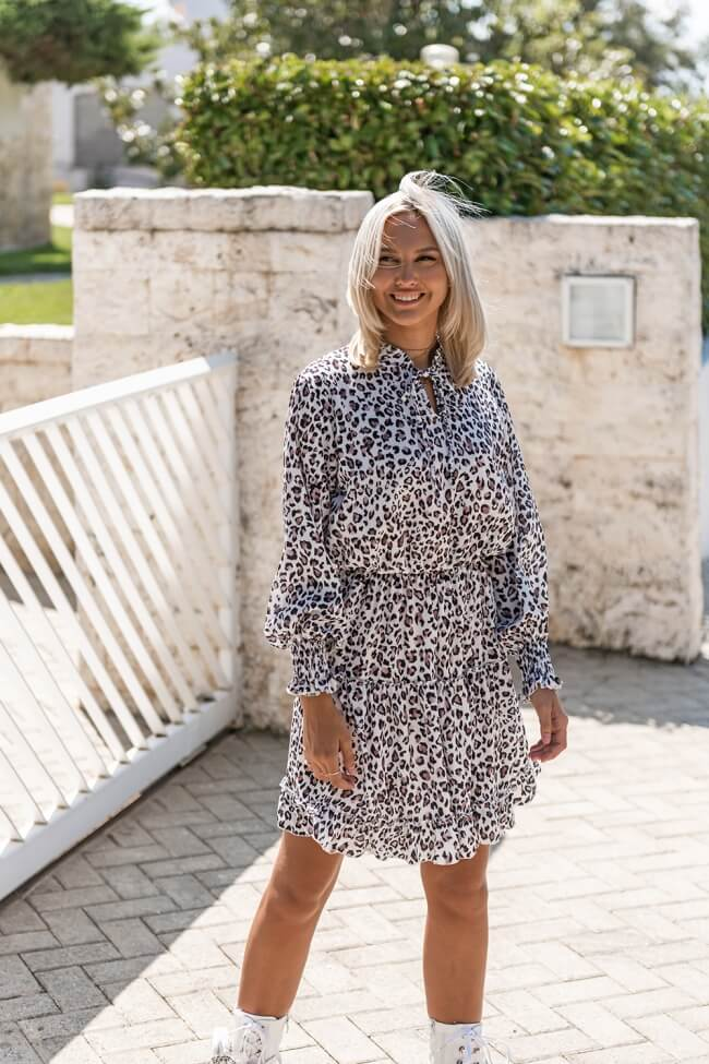 Φόρεμα Animal Print με Λάστιχο στα Μανίκια