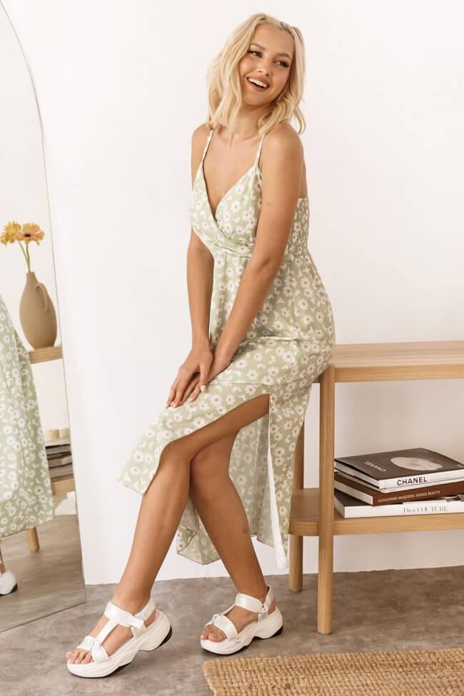 Φόρεμα Floral με Σφηκοφωλιά Πίσω