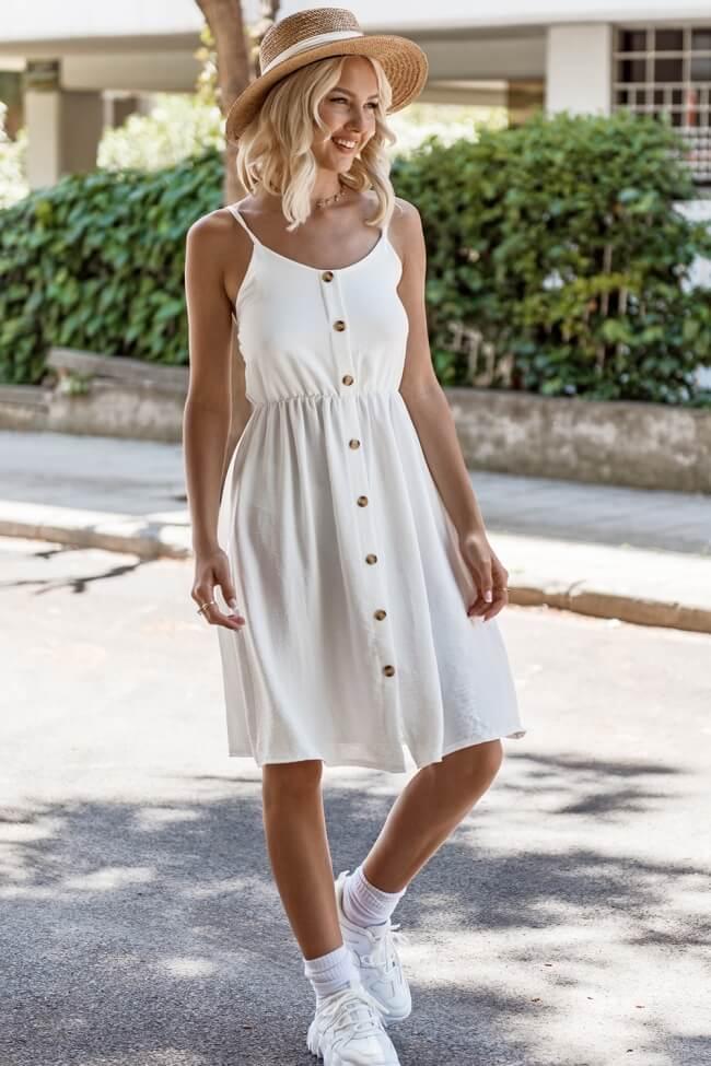 Φόρεμα με Διακοσμητικά Κουμπιά