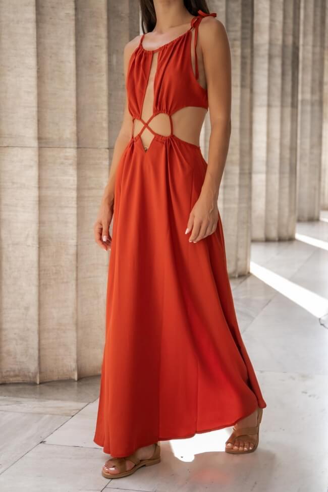 Φόρεμα Μακρύ με Άνοιγμα Μπροστά και Δέσιμο στο Λαιμό