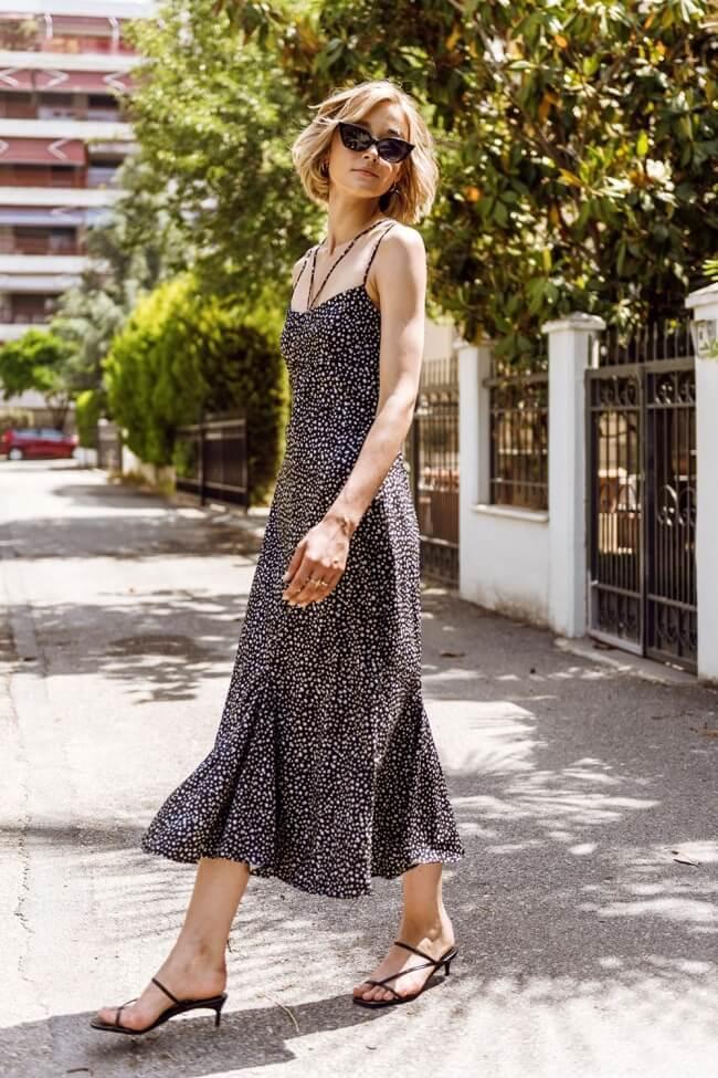 Φόρεμα Μακρύ με Ανοιχτή Πλάτη