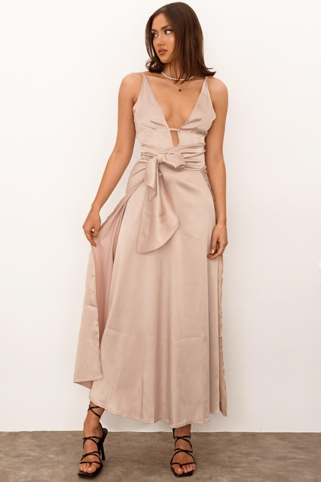 Σετ Φόρεμα με αποσπώμενη φόυστα