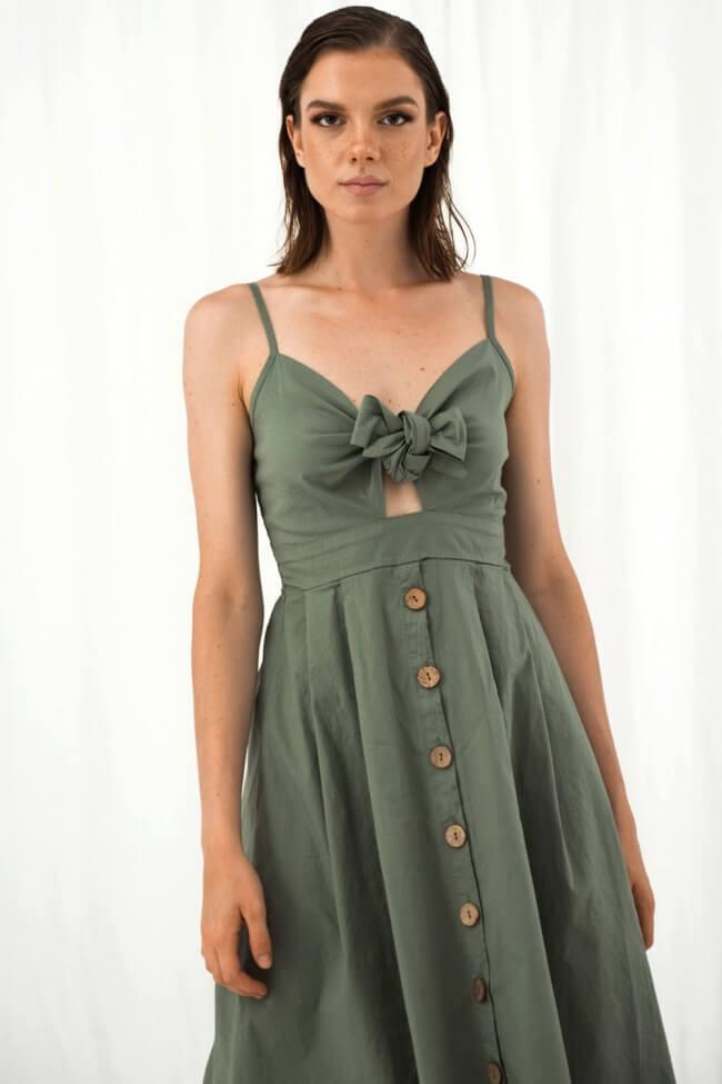 Φόρεμα με Κουμπία