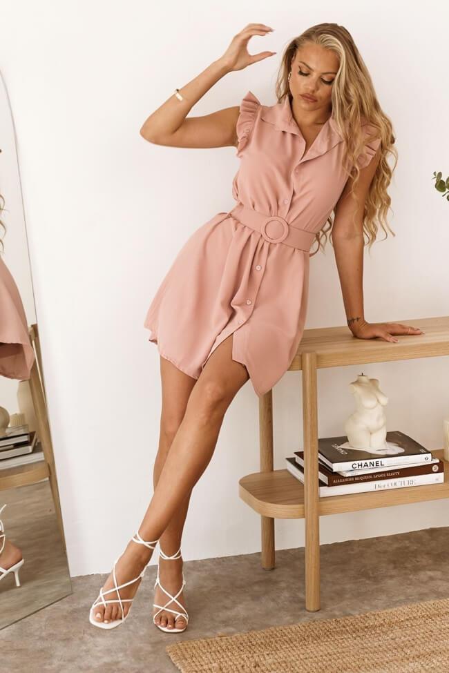 Φόρεμα με Κουμπιά και Ζώνη