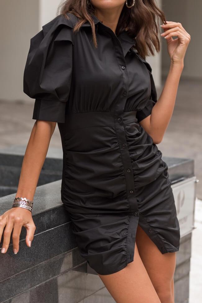Φόρεμα με Σούρα και Κουμπιά