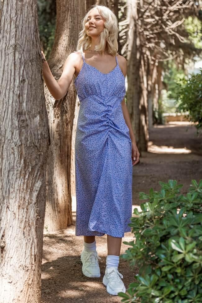 Φόρεμα Midi με Σούρα Μπροστά