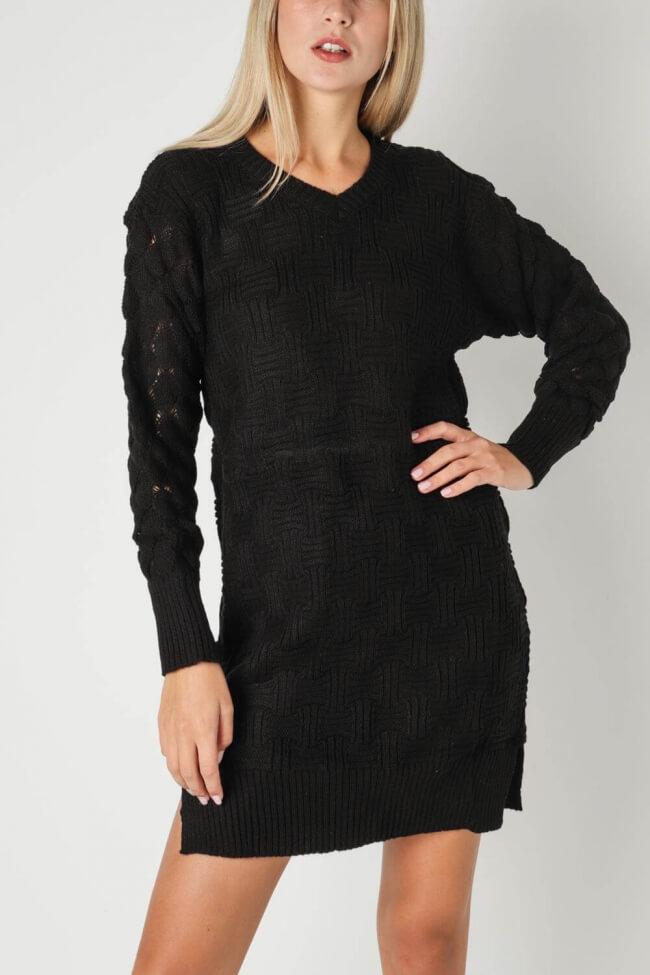 Φόρεμα Πλεκτό με Άνοιγμα V