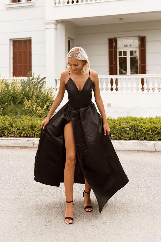 Φόρεμα Σατέν Μακρύ με Βαθύ Σκίσιμο