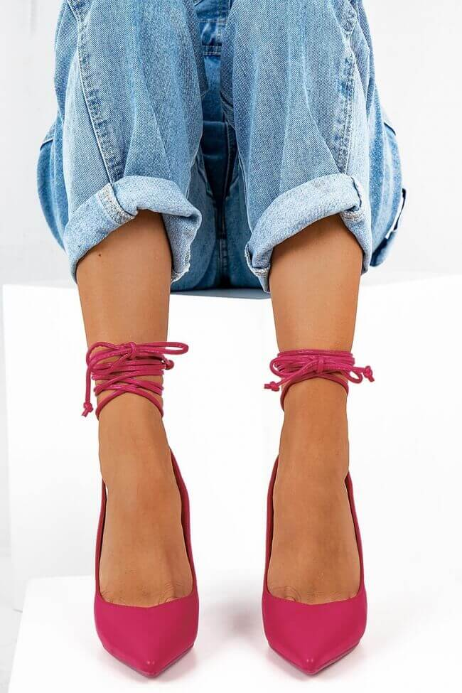 Γόβες Μυτερές Open Heel με Κορδόνια