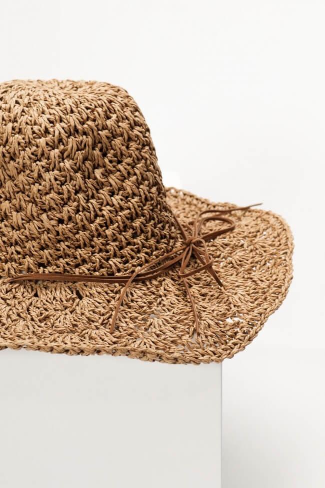 Καπέλο Ψάθινο με Κορδόνι