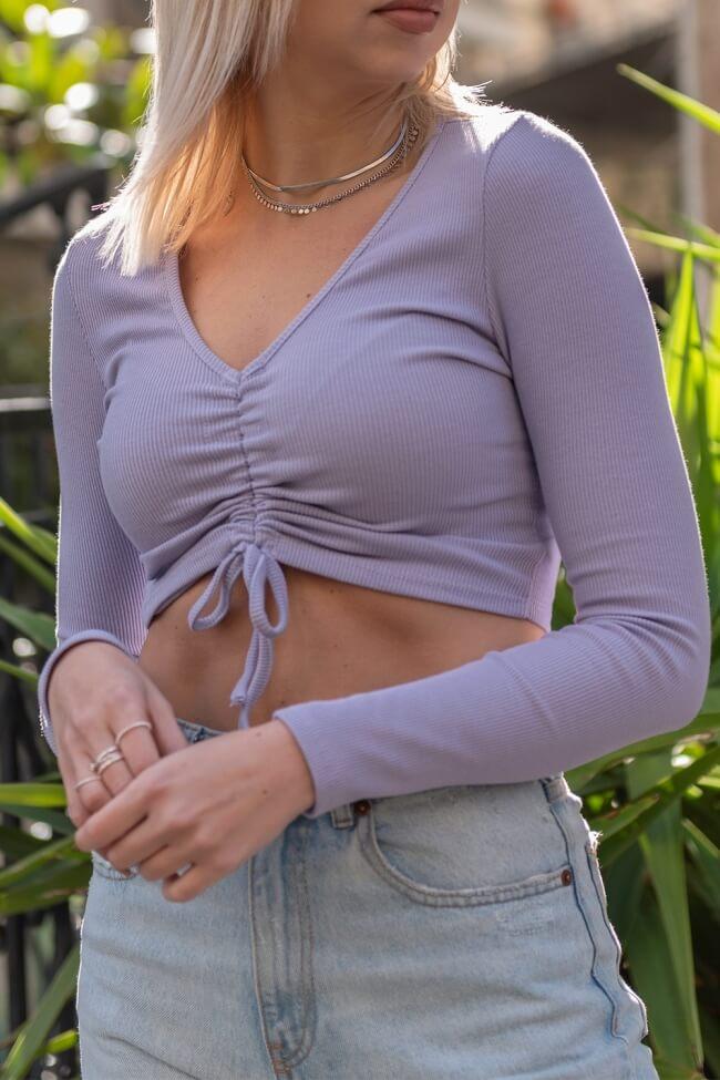Μπλούζα Crop Rip με Σούρα Μπροστά