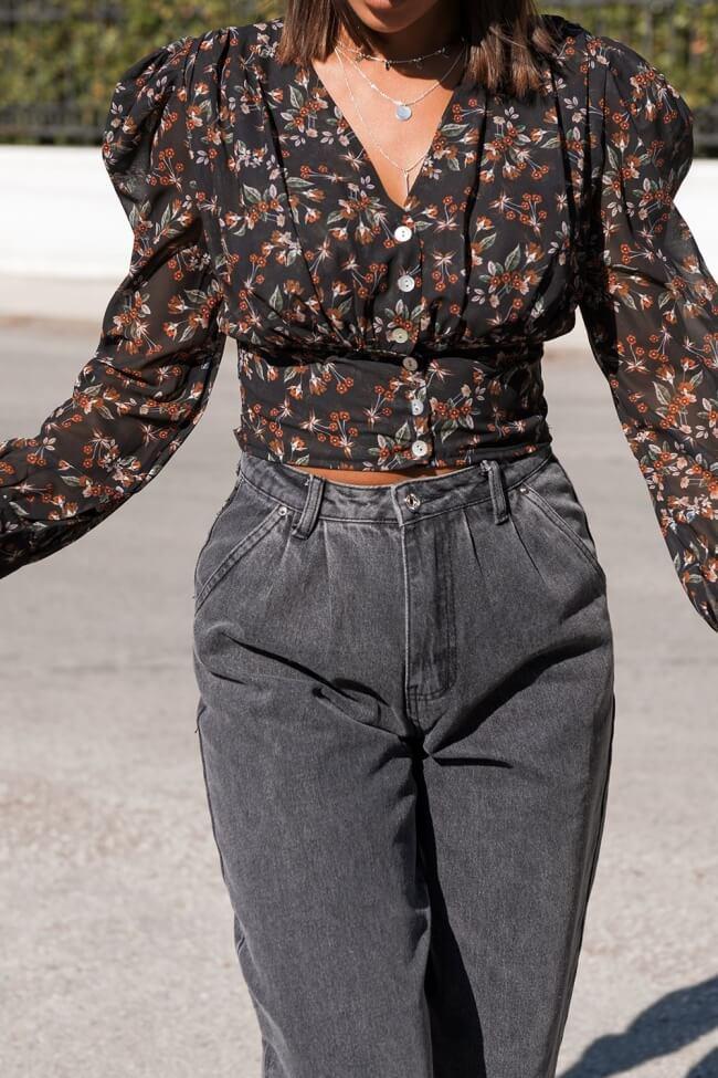 Μπλούζα Floral Crop Top με Κουμπιά