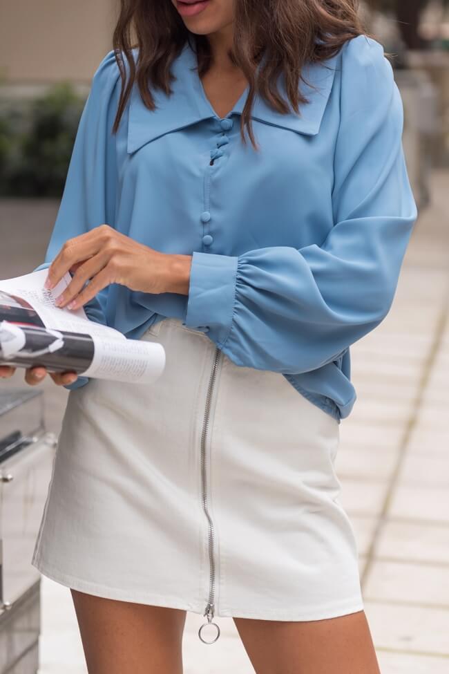 Μπλούζα με Μεγάλο Γιακά και Διακοσμητικά Κουμπιά