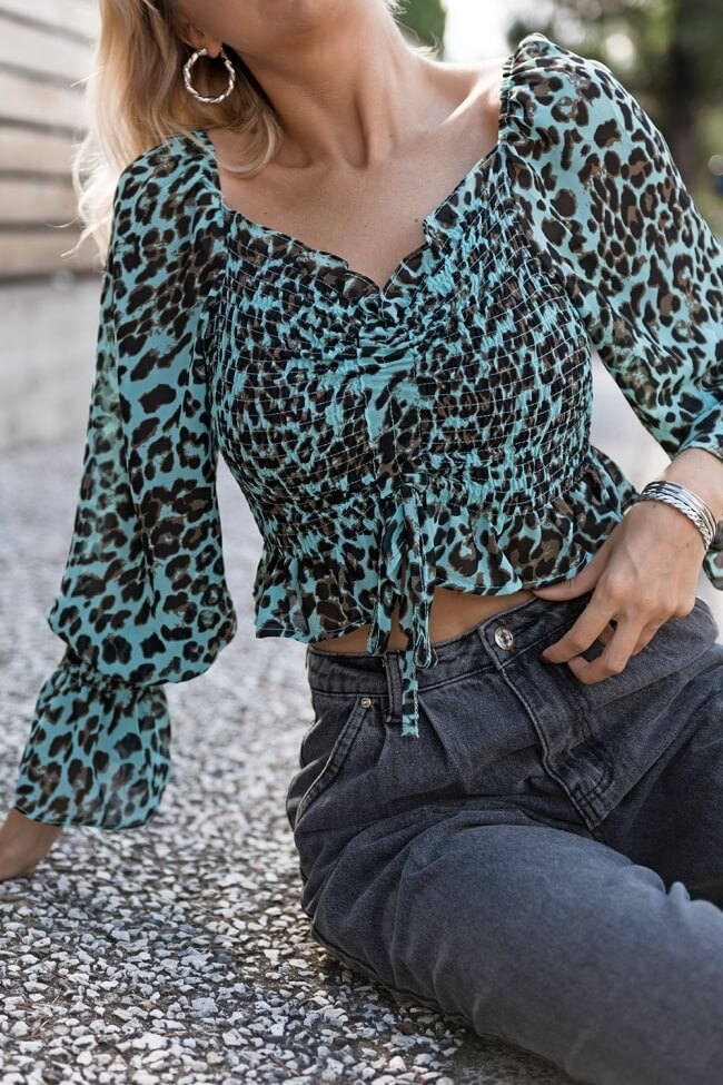 Μπλούζα με Σφηκοφωλιά Animal Print