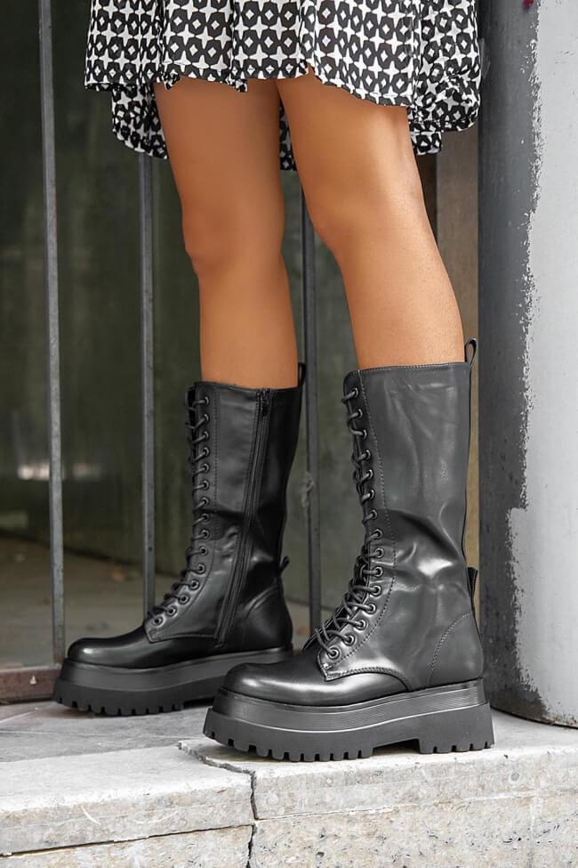 Μπότες με Κορδόνια