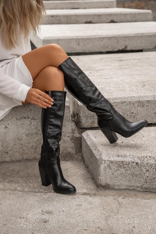 Μπότες με Τακούνι