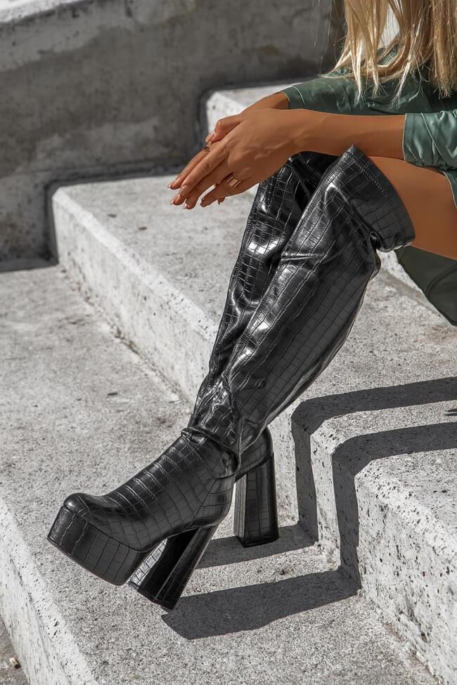Μπότες με Τακούνι & Φιάπα