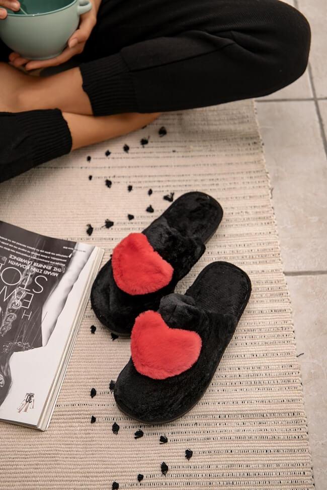 Παντόφλες με Γούνα Καρδιά