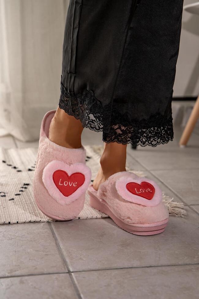 Παντόφλες με Γούνα Love
