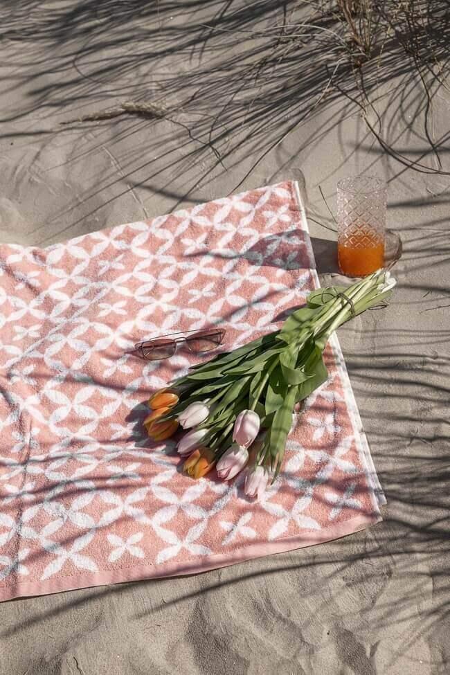 Πετσέτα Βαμβακερή με Σχέδιο