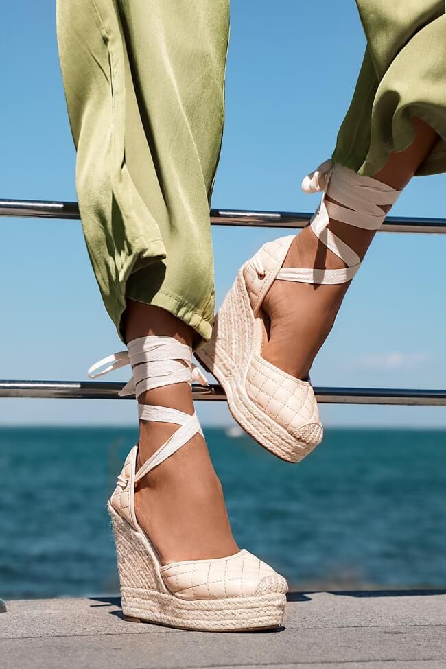 Πλατφόρμες Εσπαντρίγιες Lace Up με Σχέδιο Καπιτονέ