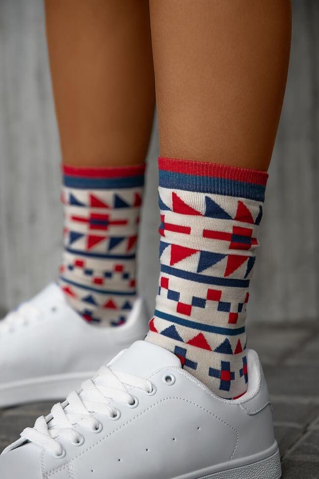 Ψηλές Κάλτσες με Γεωμετρικά Σχέδια