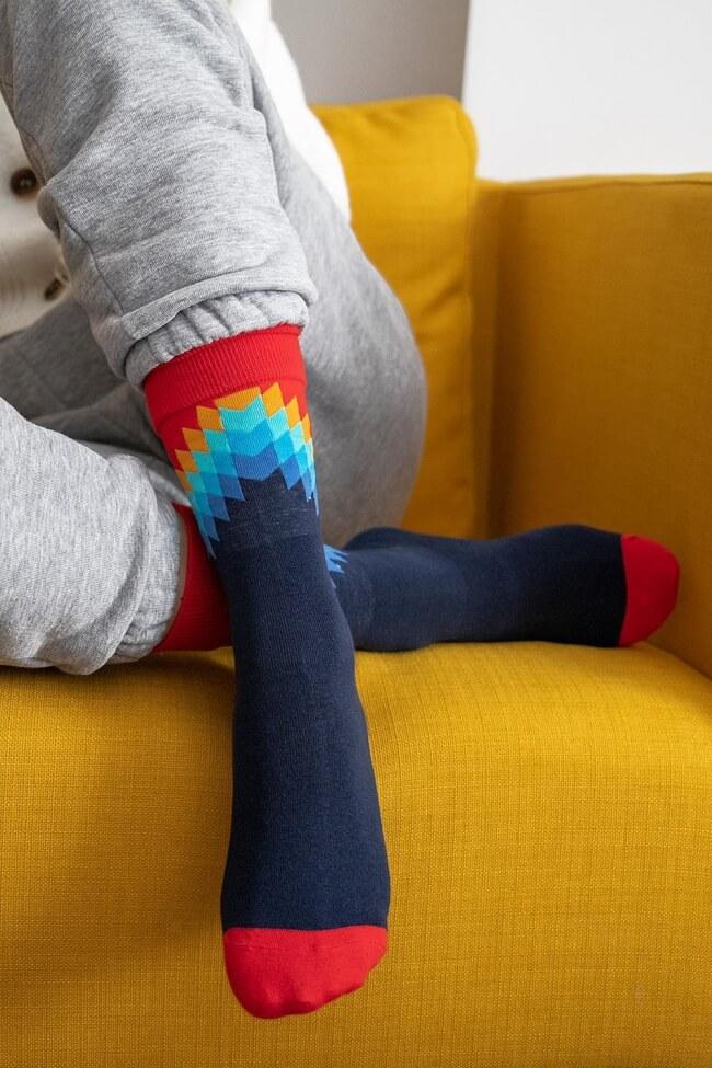 Ψηλές Κάλτσες με Σχέδιο