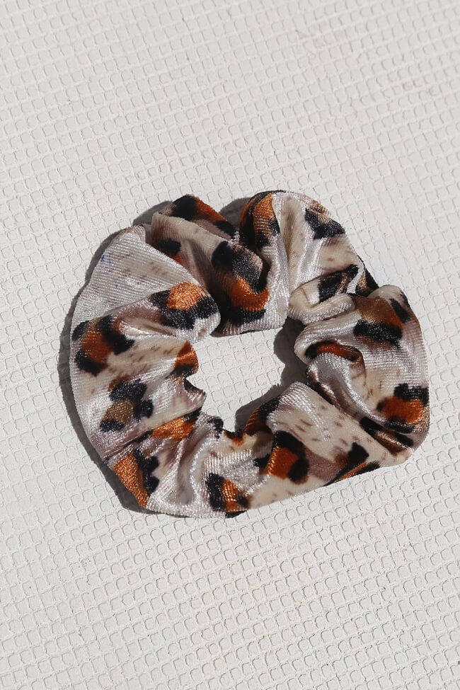 Scrunchies Velvet Animal Print