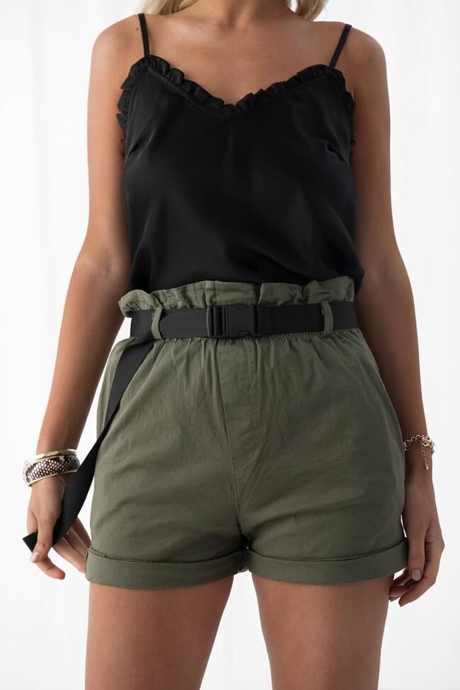 Shorts με Τσέπες & Ζώνη