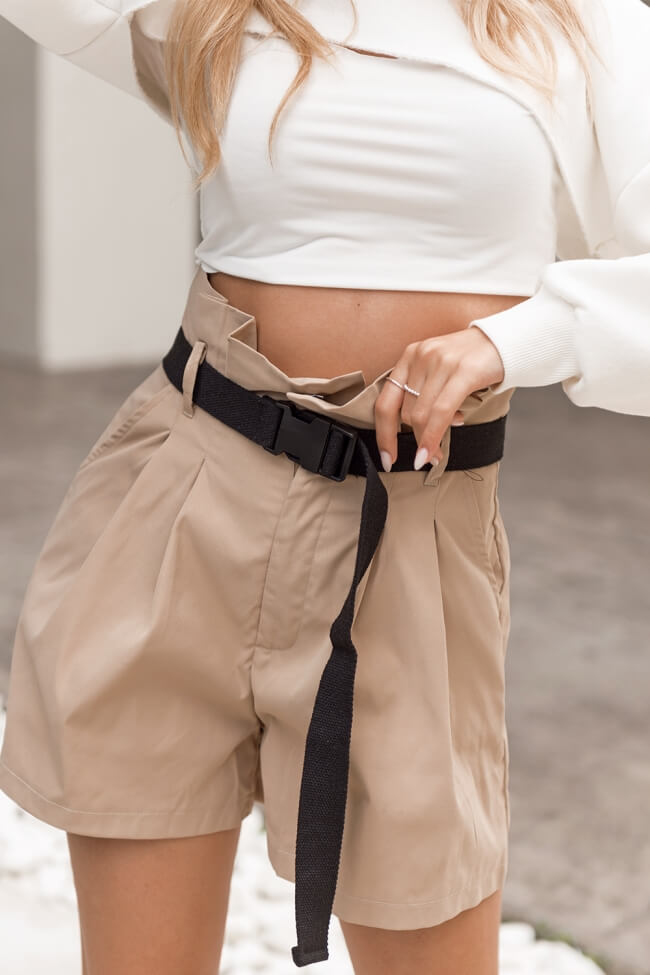 Shorts Υφασμάτινο Ψηλόμεσο με Ζωνάκι