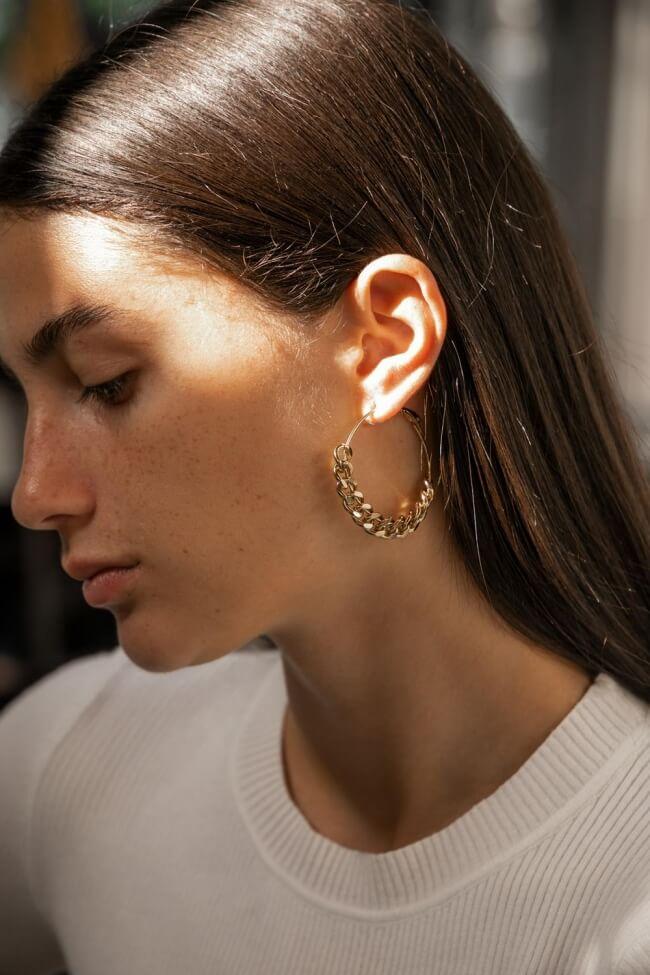 Σκουλαρίκια Κρίκοι με Σχέδιο Αλυσίδα