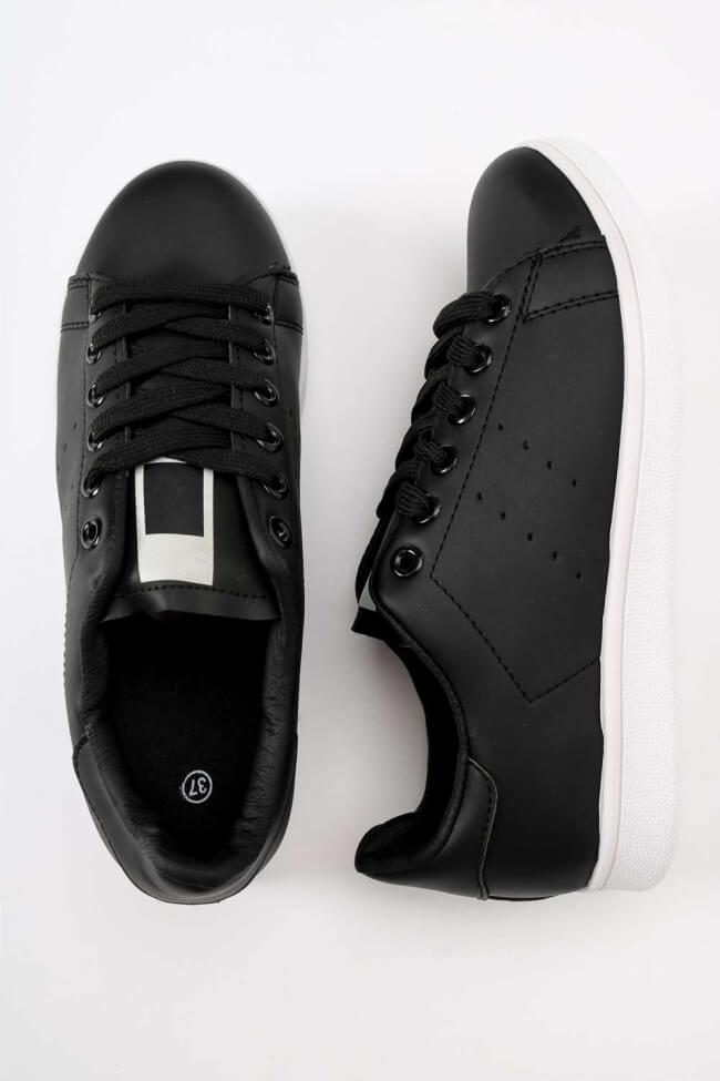 Sneakers Basic
