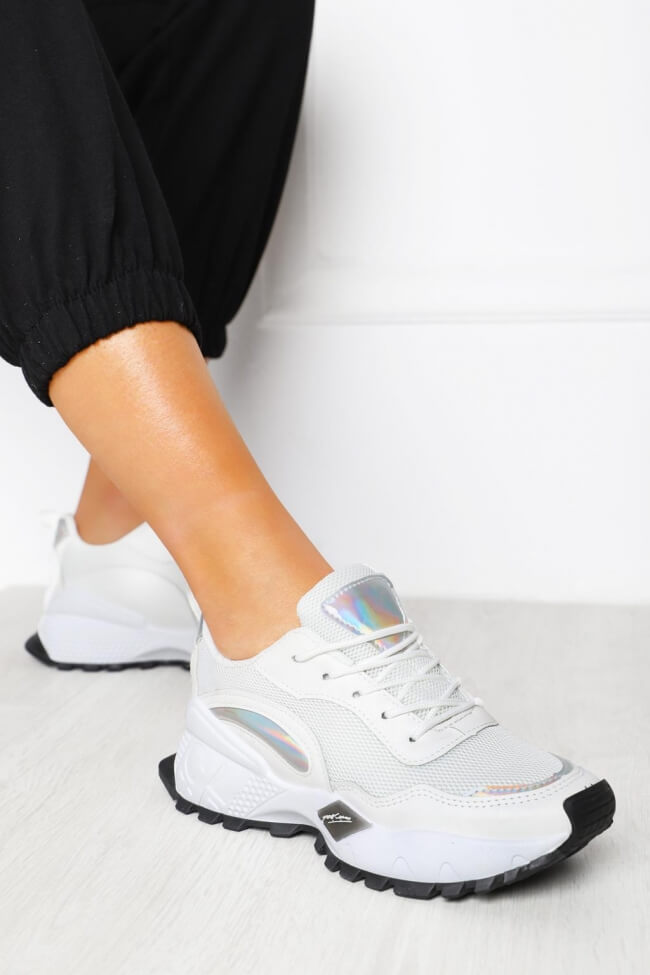 Sneakers Διάτρητα