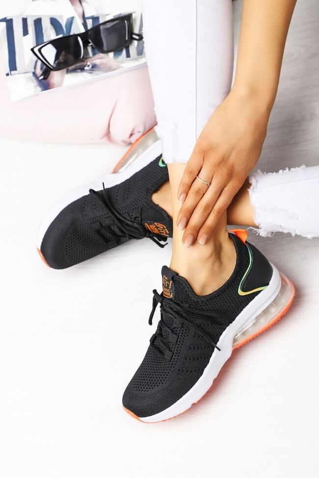 Sneakers Διάτρητα με Αερόσολα