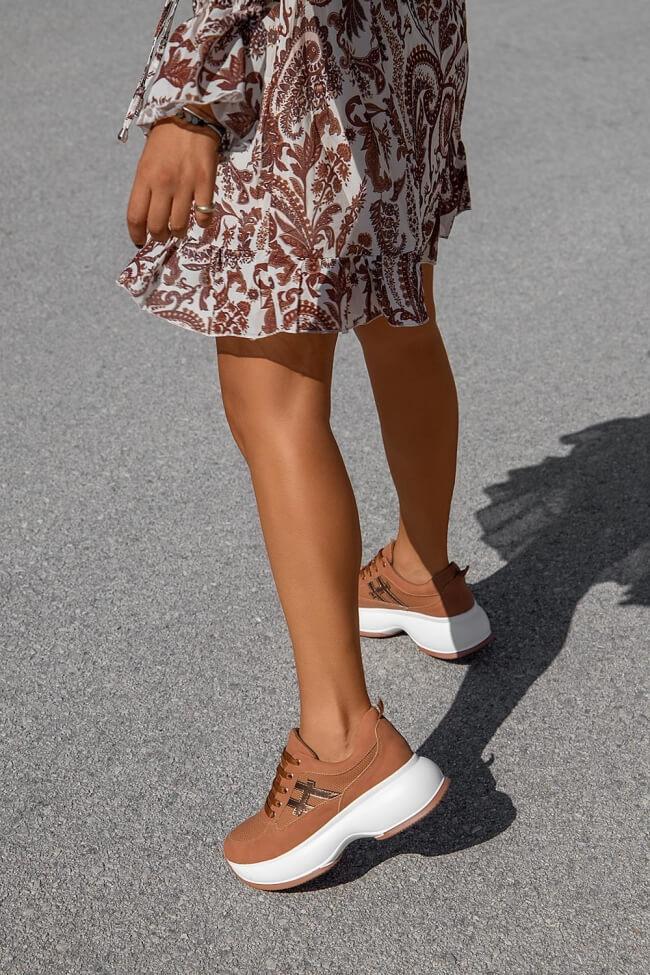 Sneakers Δίσολα