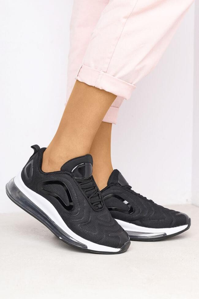 Sneakers με Αερόσολα