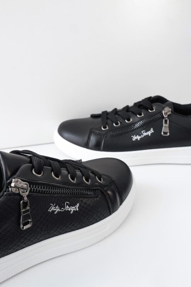 Sneakers με Διακοσμητικό Φερμουάρ