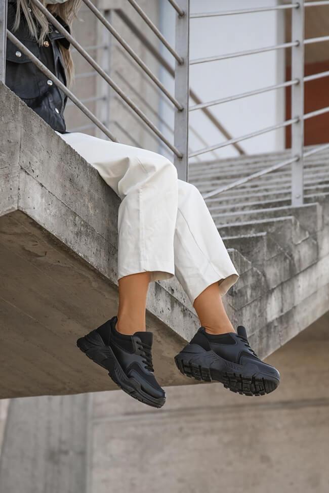Sneakers με Λεπτομέρεια Δίχτυ