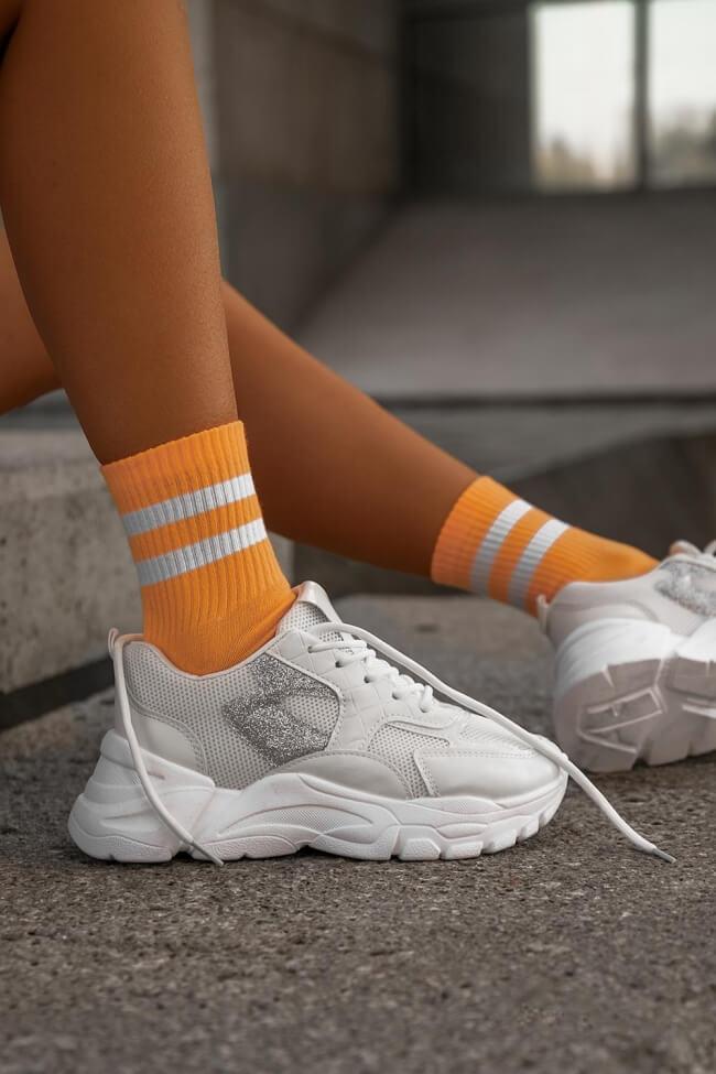 Sneakers με Λεπτομέρεια Glitter